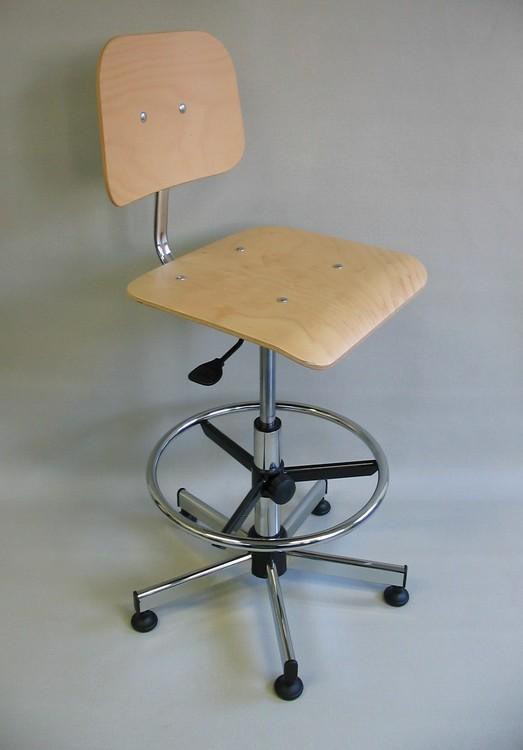 chaise haute d 39 atelier si ge technique bois s rie 21. Black Bedroom Furniture Sets. Home Design Ideas